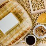 離乳食のタンパク質はいつから?少な目でいいワケとは?